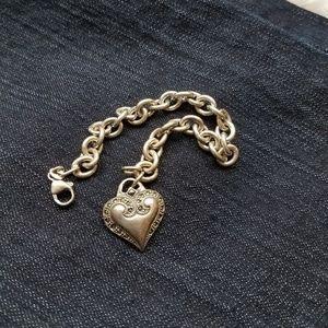 Jewelry - Vintage sterling silver Heart charm bracelet